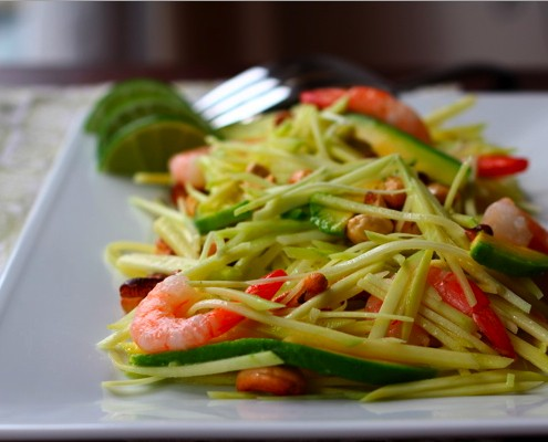 Green Mango Salad with Avocado, Shrimp and Cashews
