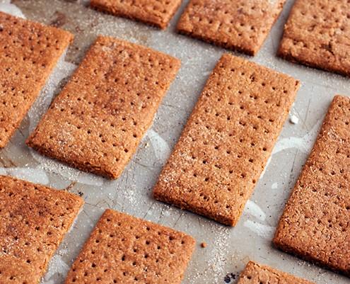 Recipes using graham crackers