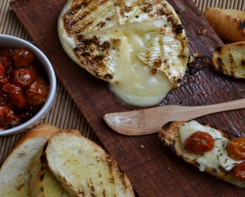 Grilled Brie with Sunblushed Tomatoes