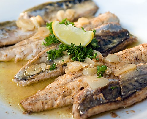Kitchen failure pan fried mackerel a soso experience for How to cook mackerel fish