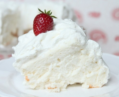 What Frosting Goes Good With Angel Food Cake
