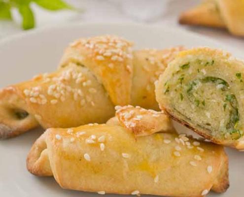 Basil and pecorino croissants