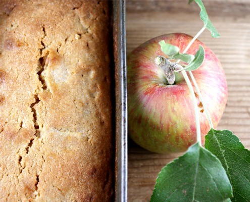 Apples and Cake