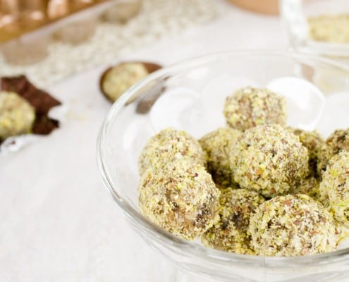 Date, Nut and Honey Truffles