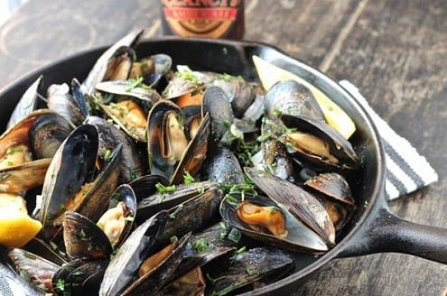 Amber Ale and Herbs Mussels – Honest Cooking