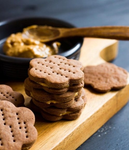 Chocolate crackers with peanut butter filling