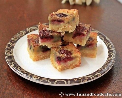 Chocolate-cherry-blondies