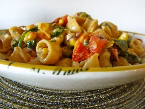 BLT Pasta with Corn and Leeks – Honest Cooking