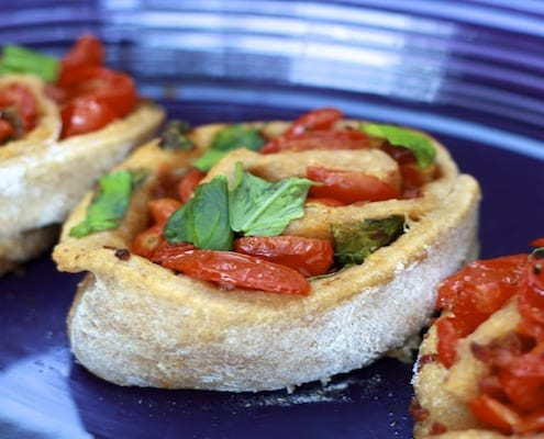 Tomato Bacon Basil Pizza Rolls