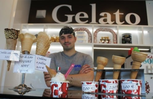 seventh heaven of gelato at 'settimo gelo', brescia