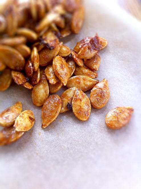 Sweet-Sriracha-Pumpkin-Seeds