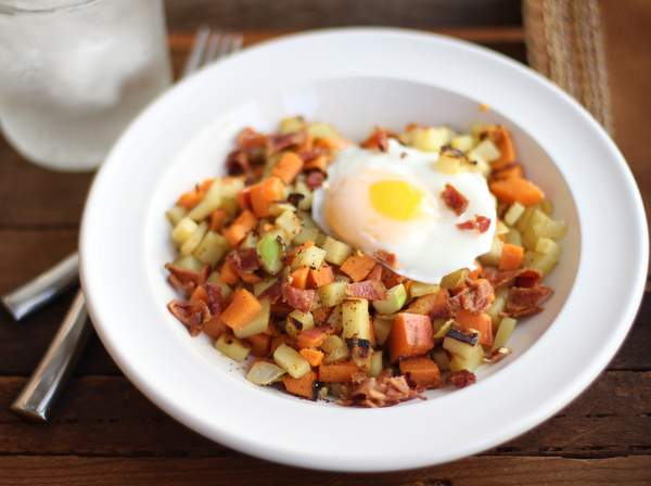 Sweet Potato, Apple and Bacon Breakfast Hash