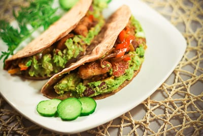 Whole Wheat Tortilla with Grilled Chicken and Guacamole