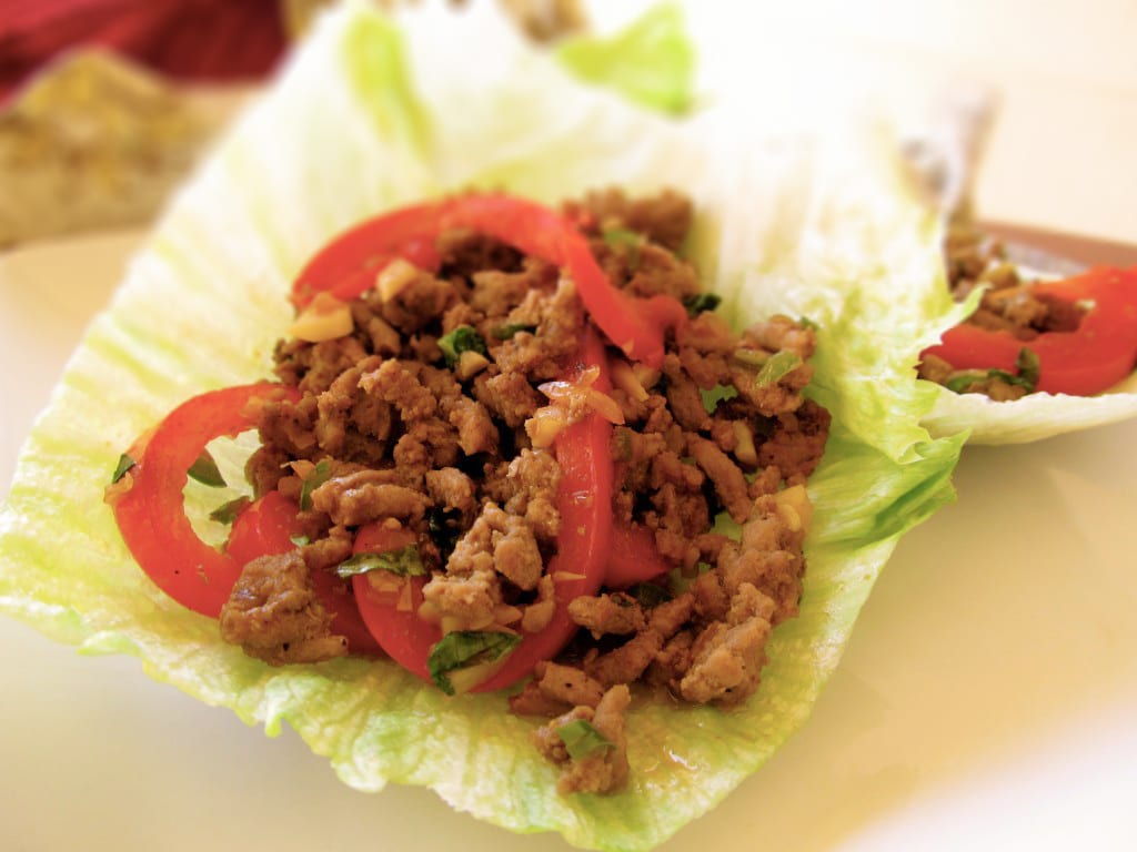 Lettuce Wraps with Spicy Thai Chicken