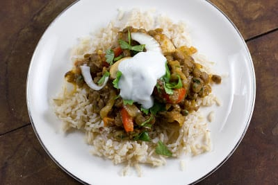 Curried Green Lentils with Mushrooms and Red Bell Pepper