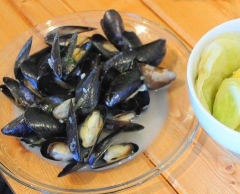 ... Michael Tsosie's Whidbey Island Penn Cove Mussels – Honest Cooking