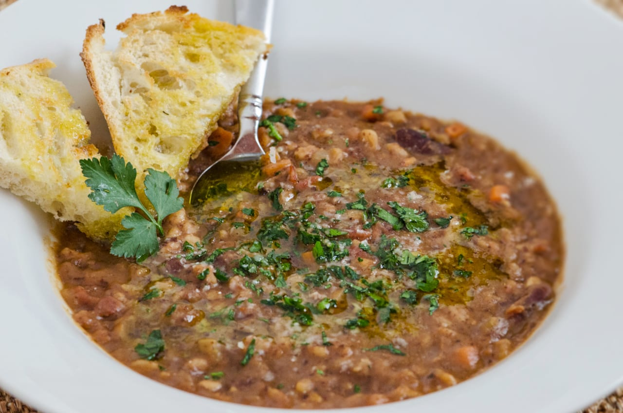 Hearty Tuscan Farro Soup