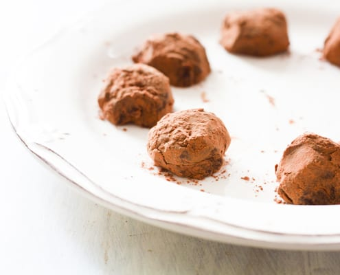 Chocolate Truffles with Red Wine