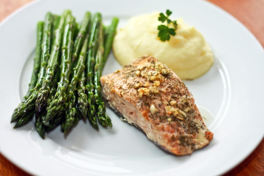 Perfect Garlic and Dill Baked Salmon
