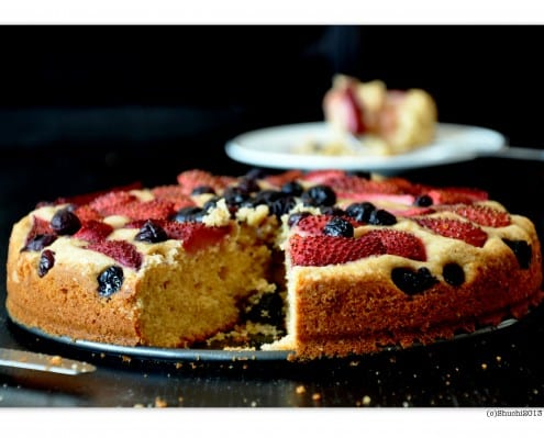 Strawberry Blueberry Butter Cake