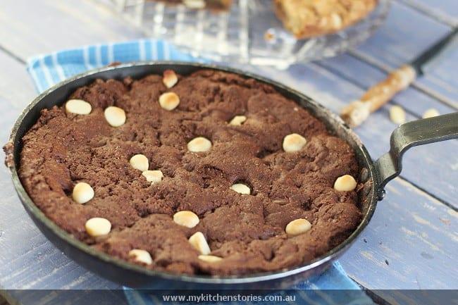 Giant Skillet Cookie