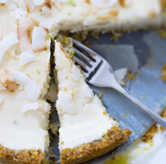 Sugar-Free Yoghurt Cheesecake with a Lime Twist