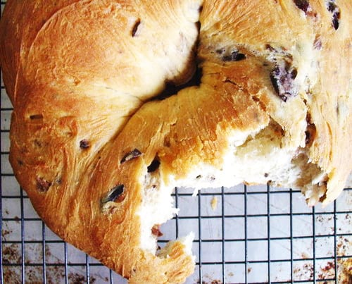Olive Ring Bread