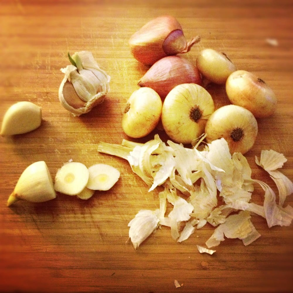 How to Peel a Garlic Clove