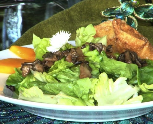 "Hamakua Mushroom ""poke"" is the highlight of this refreshing salad"