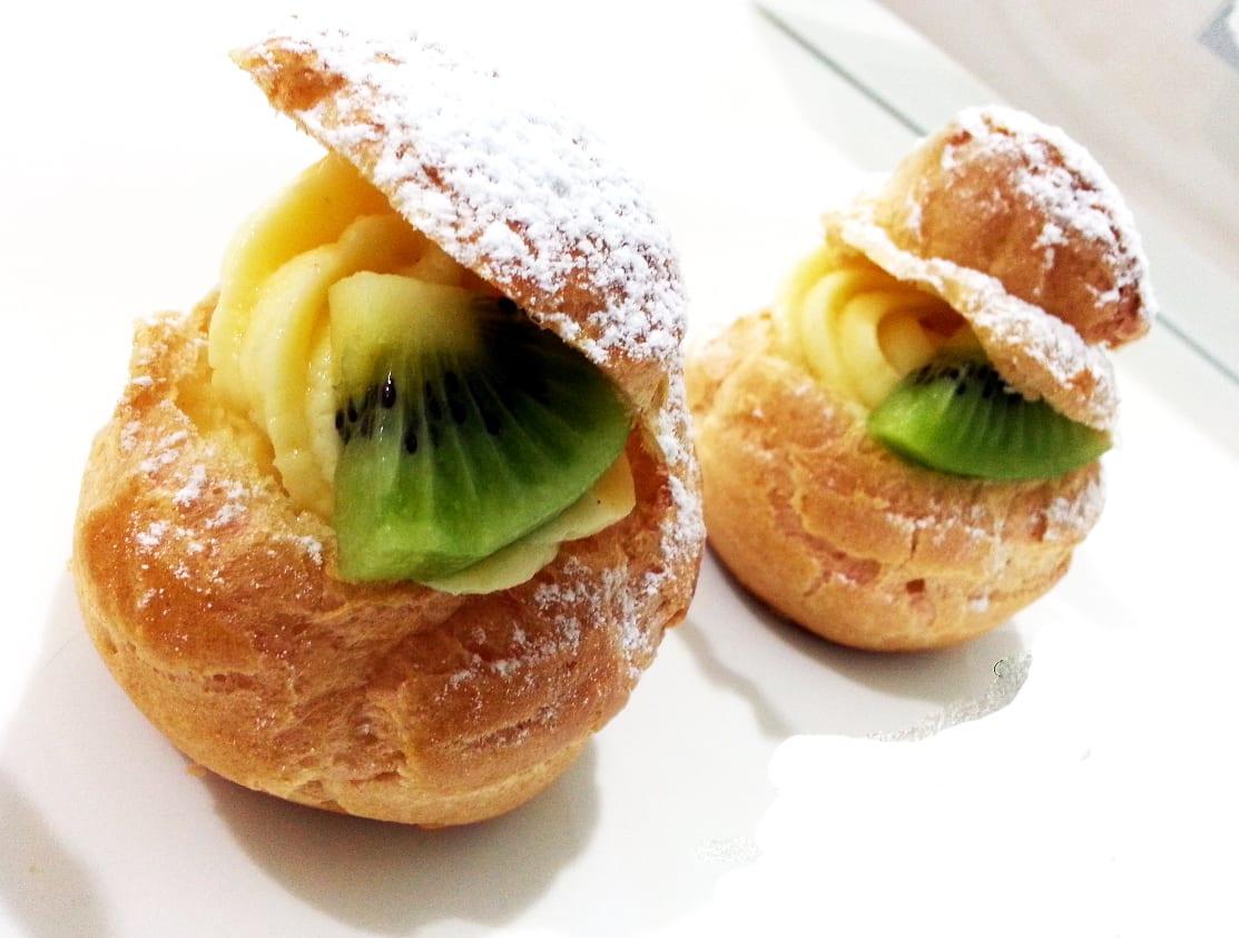 Kiwi Cream Puffs