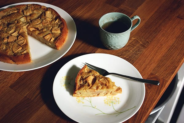 Apple Rum Cake
