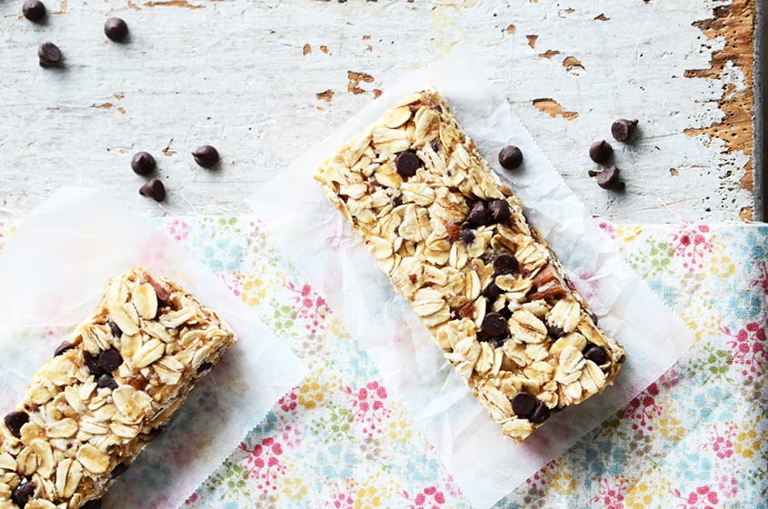 Chocolate, Coconut, and Pecan Granola Bars