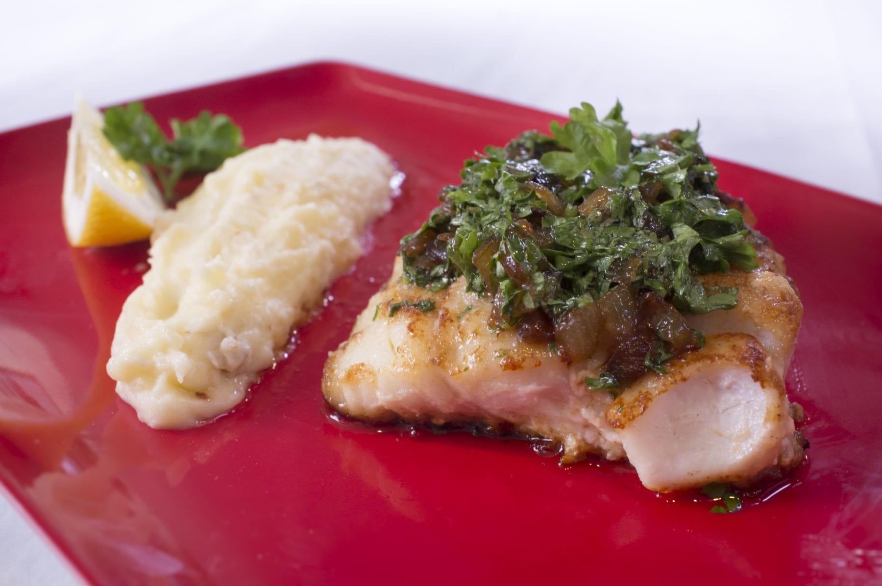 Norwegian Haddock with Mashed Potatoes and Onion Sauce