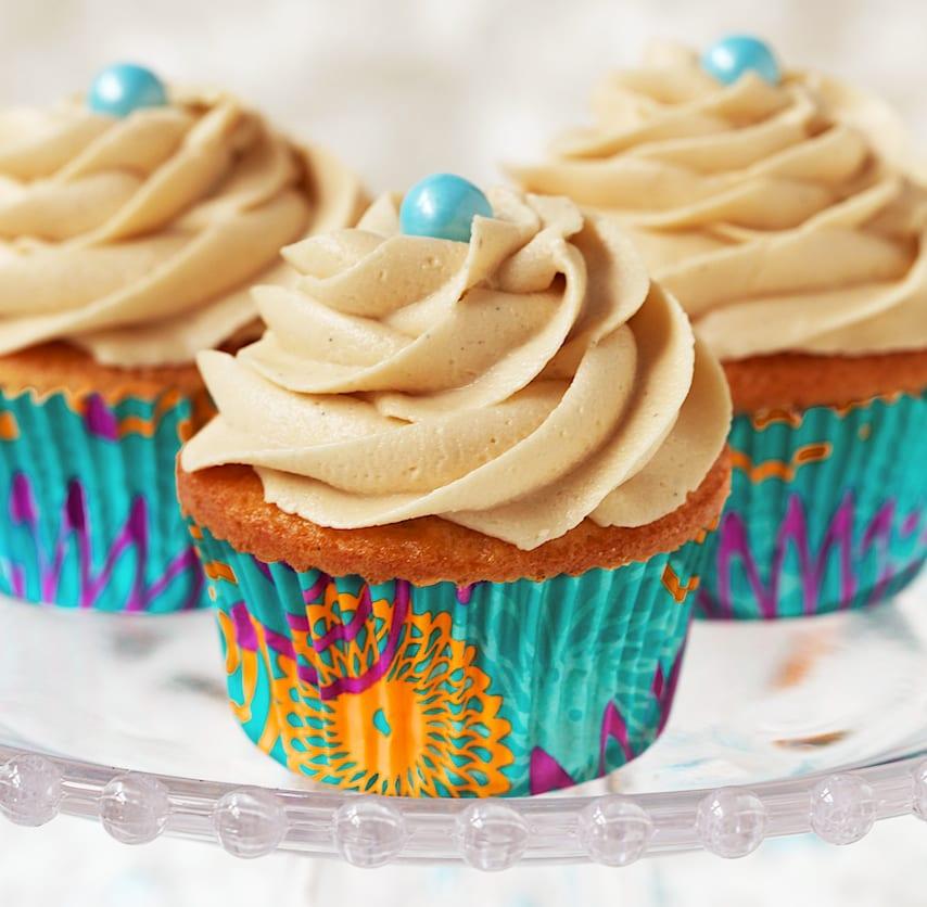 Vanilla Cupcakes with Caramel Icing