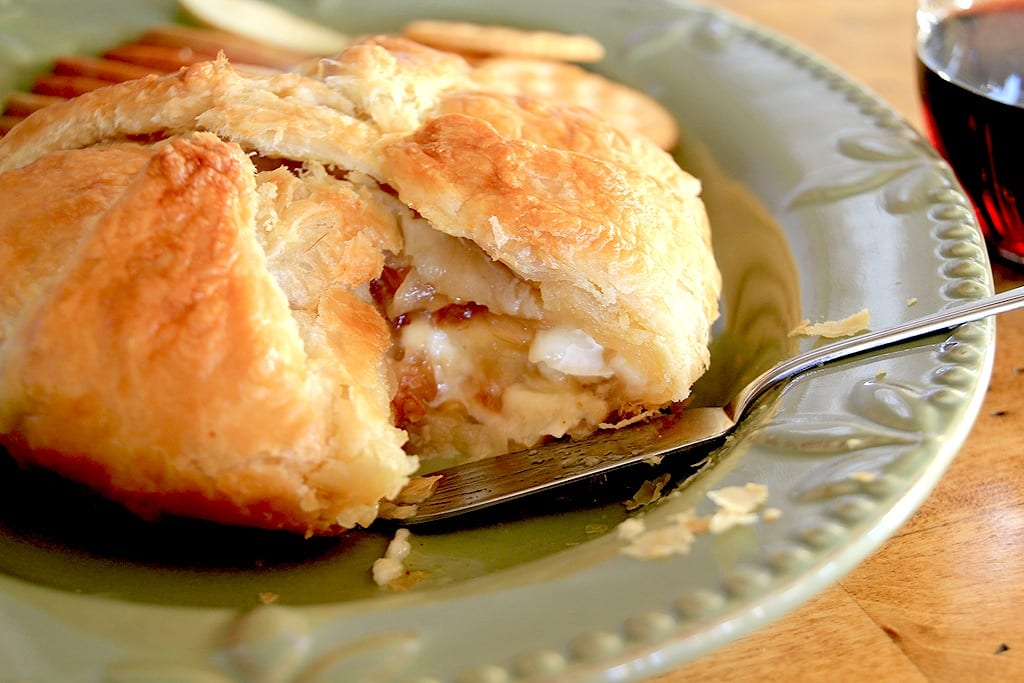 Brie En Croute with Apples and Onions