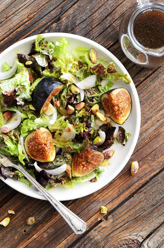 Fig and Pistachio Salad with Pomegranate Dressing