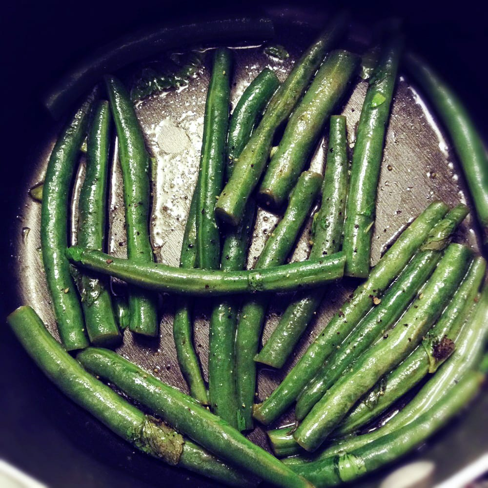 Minty Green Beans in Lemon Butter