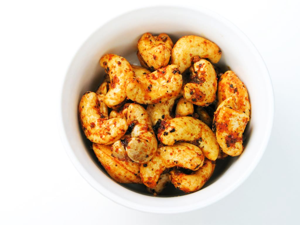 Chilli-Roasted Cashews
