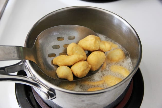 Mandlech: Jewish Fried Dumplings