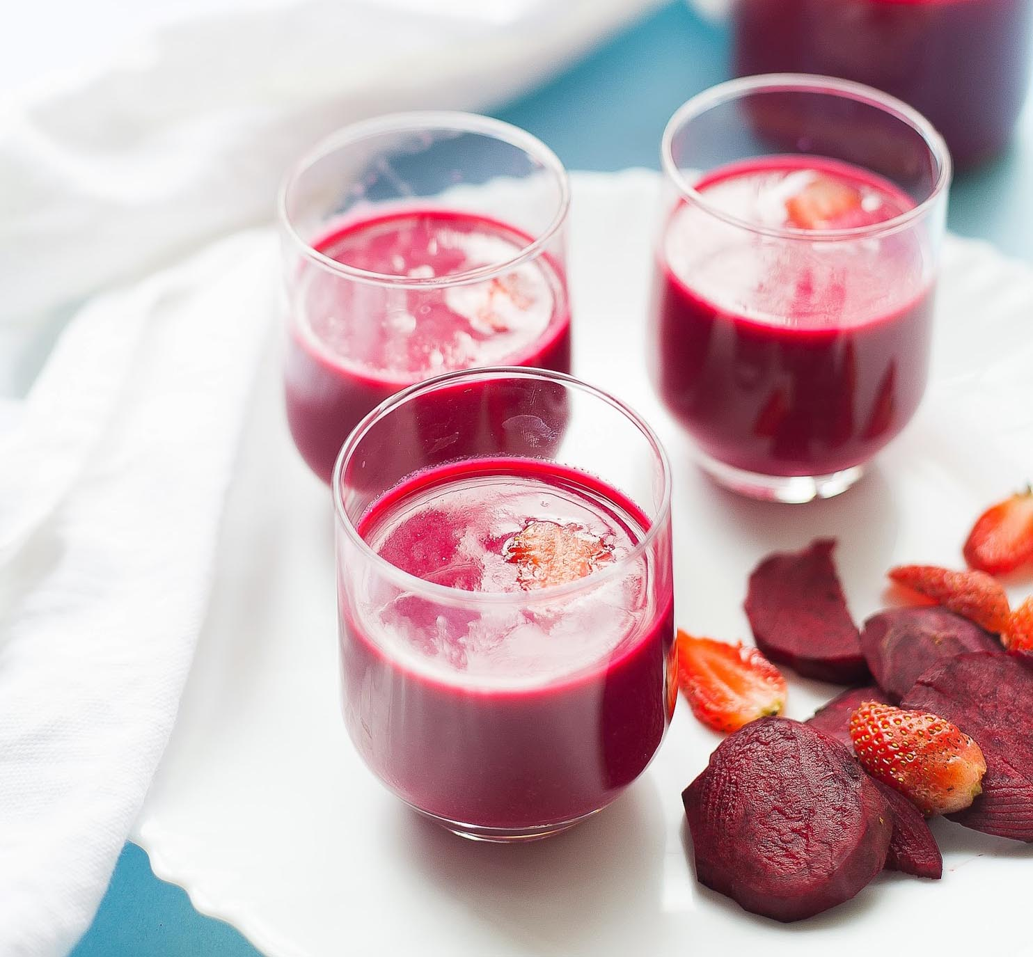Beet and Strawberry Smoothie