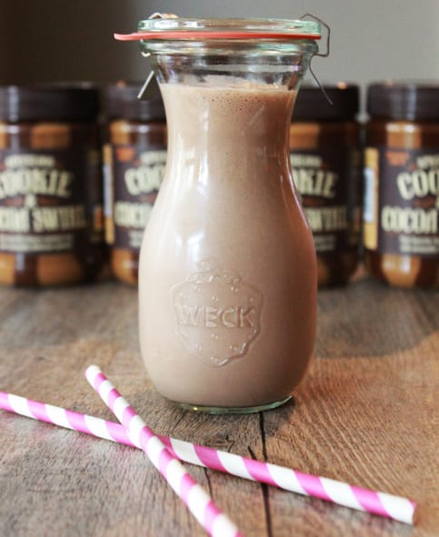 Almond and Cookie Butter Oatmeal Protein Shake