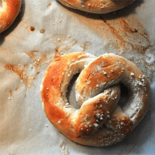 Ever wanted to make soft pretzels? Well then you should. http://www.lizzypancakes.com/2013/07/soft-baked-pretzels.html