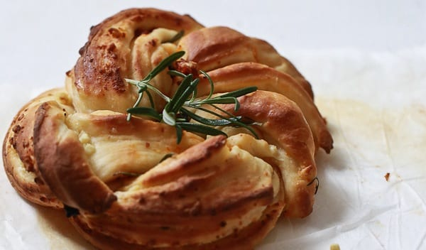 Rosemary Wreath Bread