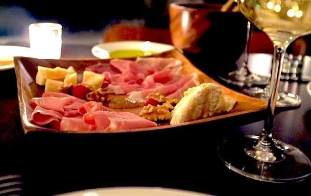 Mozzarella & Vino