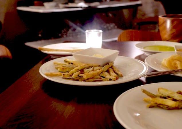 Mozzarella & Wino fried zucchini