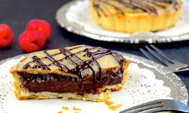 vegan chocolate salted caramel tarts