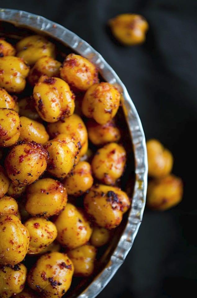 Crispy spiced chickpeas