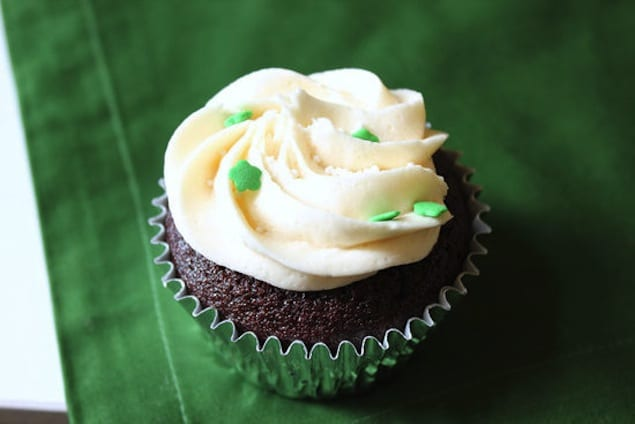 40853ceb2119f194_irish_car_bomb_cupcakes_main1.preview