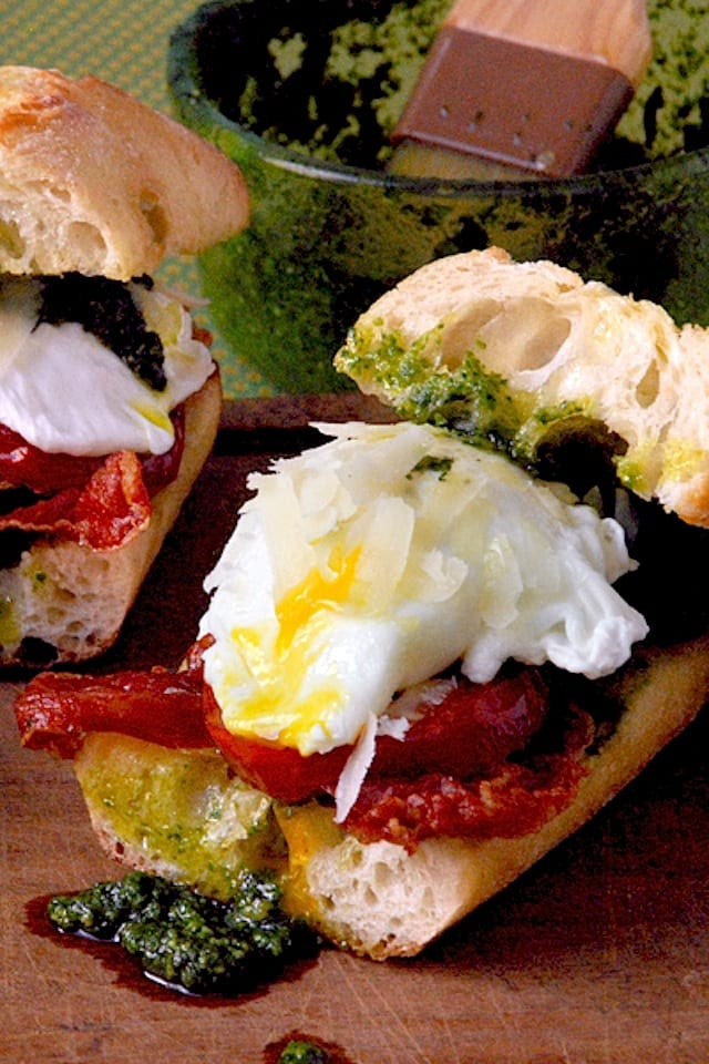 7-egg_pesto_sandwich_400