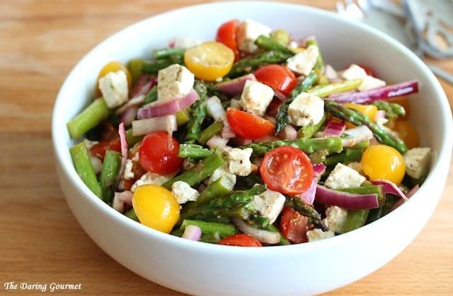 Grilled-Asparagus-Greek-Salad-4